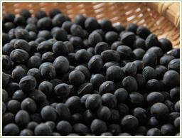 高品質の北海道産・黒豆を使用